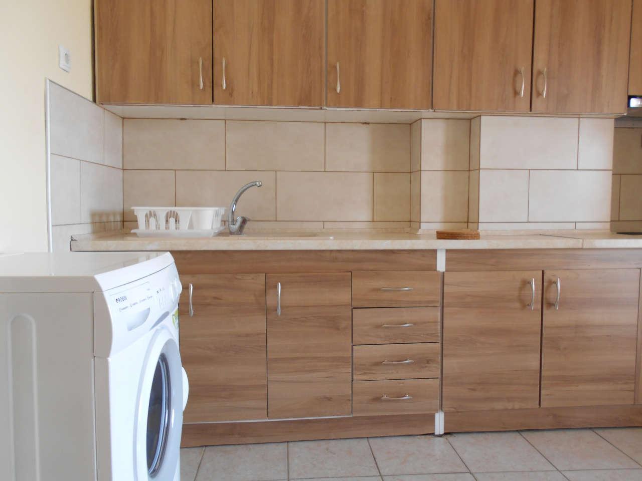 Διαθέρισμα AirBnB δίπλα στο κέντρο της Θεσσαλονίκης - Κουζίνα