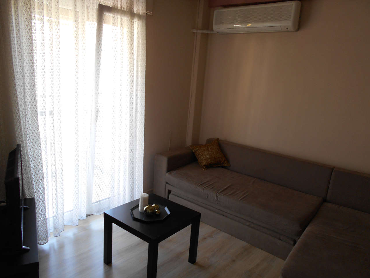 Διαθέρισμα AirBnB δίπλα στο κέντρο της Θεσσαλονίκης - Σαλόνι